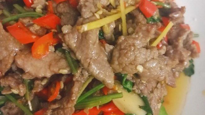 图片[1]-小炒牛肉(小白也可以做的超好吃!!)-金瓦刀
